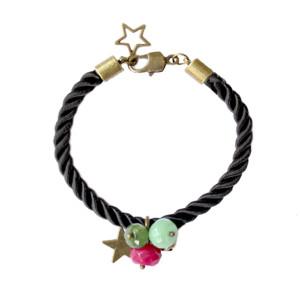 Bracelet en soie et pierres semi-precieuses noir