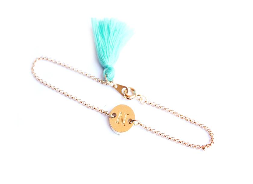 Bracelet personnalisé et pompon