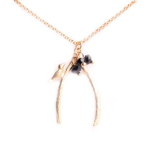 collier oiseau sur branche noir